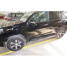 Защита штатных порогов Toyota Land Cruiser 150 (2009-) (Тойота Ленд Круизер) d42