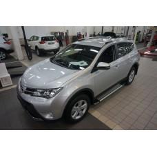 Пороги алюминиевые (Brillant) Toyota RAV4 (Тойота РАВ4) (2013-/ 2015-) (серебр) силовой крепеж