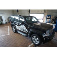 Пороги алюминиевые (Sapphire Silver) Jeep Cherokee (KK) (2012-2014)