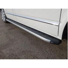 Пороги алюминиевые с пластиковой накладкой (карбон серебро) 2120 мм код VWMULT15-13SL