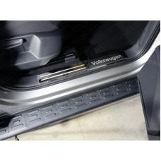 Накладки на пластиковые пороги (лист зеркальный надпись Volkswagen) 2шт код VWTIG17-24