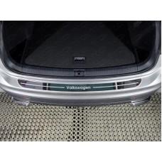 Накладка на задний бампер (лист зеркальный надпись Volkswagen) код VWTIG17-40
