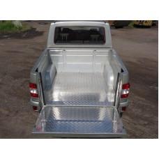 Защитный алюминиевый вкладыш в кузов автомобиля (дно, борт) код UAZPIC2016-03
