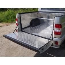 Защитный алюминиевый вкладыш в кузов автомобиля на пластик (борт) код UAZPIC2016-05