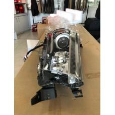 Диодная головная оптика VLAND Toyota Hilux Revo 2015 – н.в